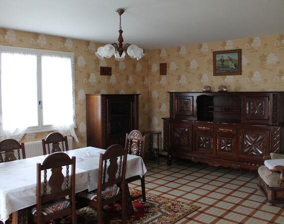 Cosne d'Allier - Nieuw  € 127.200