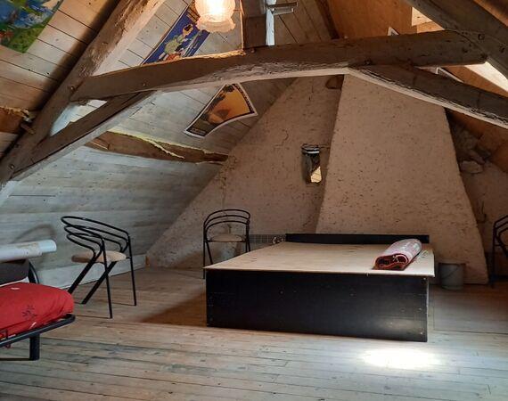 Cerilly -Onder bod  € 39.000